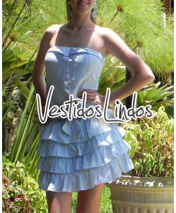 Moda feminina - Vestido listinhas camadas